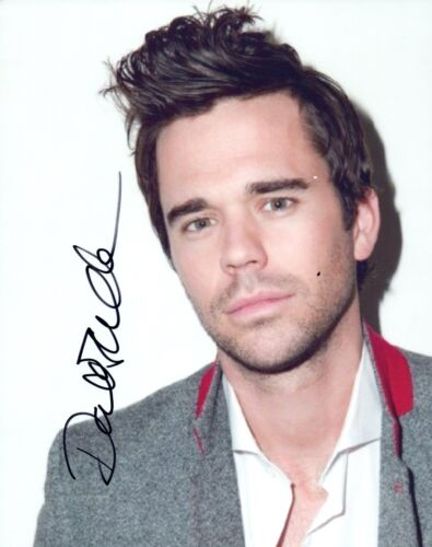 David Walton Signed Autograph 8x10 Photo Handsome Actor About A Boy New Girl COA