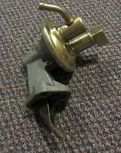 42074-NEW-NOS-Mechanical-Fuel-Pump-M60322-81-83-Mopar-3-8L-225cu-in-Slant-6