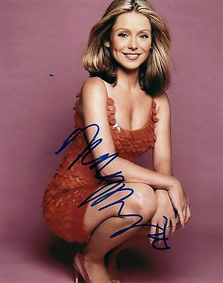 Kelly Ripa Signed Autographed 8X10 Photo Live With Kelly Host Vd