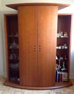 ‼️TEAK Curved Wall Unit ** RARE FIND ** Reduced. !!