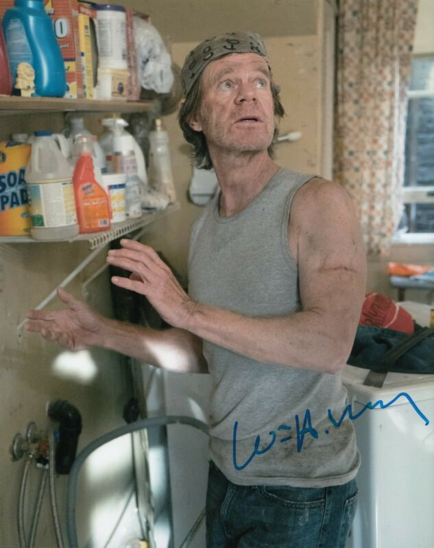 WILLIAM H MACY signed *SHAMELESS* 8X10 photo FRANK GALAGHER (PROOF) W/COA #4
