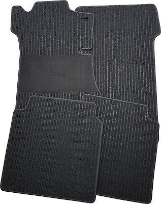 Fußmatten für Mercedes CLS C257 in Rips schwarz mit Trittschutz