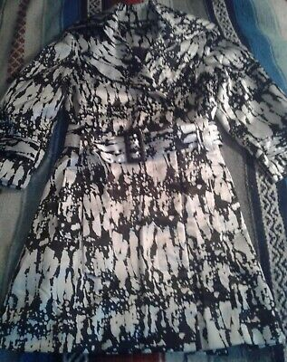 NEW Robert Louis Sz S White Black Satin Trench Coat Jacket Belt Abstract Print