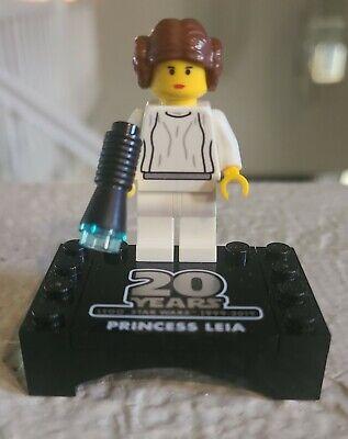 Lego Star Wars Princess Leia 20th Anniv. Minifig from 75243 20th Anniv. Slave I