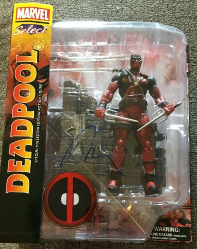 RYAN REYNOLDS SIGNED, AUTOGRAPHED DEADPOOL SPECIAL COLLECTORS EDITION FIGURE TOY
