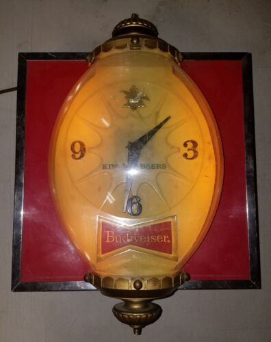 VTG Lakeside Plastics Budweiser Electric Beer Sign w / Clock (HTF)