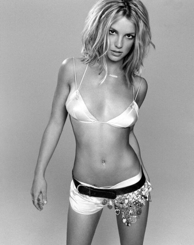 Britney Spears Unsigned 8x10 Photo (19)