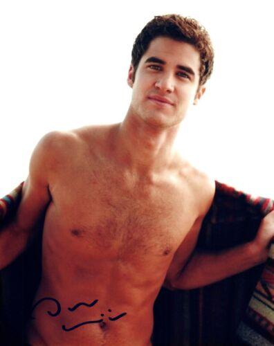Darren Criss Signed Autograph 8x10 Photo GLEE Hot Sexy Actor Shirtless Pose COA