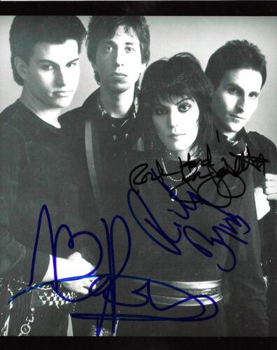 JOAN JETT AND THE BLACKHEARTS GARY RYAN RICKY BYRD SIGNED 8X10 PHOTO COA PROOF