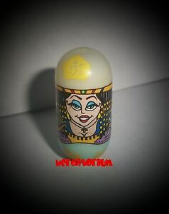 2003-Mighty-Beanz-126-CLEOPATRA-Bean-ORIGINAL-SERIES-2-GLOW-IN-THE-DARK-RARE