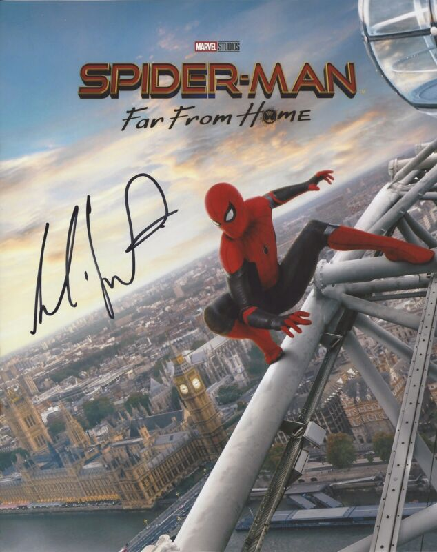 COBIE SMULDERS SIGNED AUTOGRAPHED 8x10 PHOTO SPIDERMAN FAR FROM HOME +PROOF #5