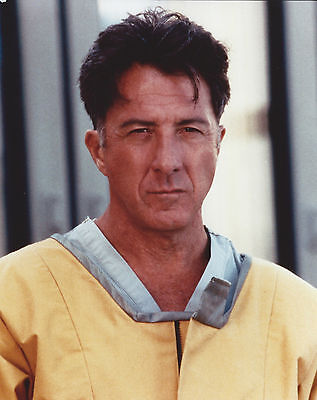 DUSTIN HOFFMAN 8 X 10 PHOTO WITH ULTRA PRO TOPLOADER