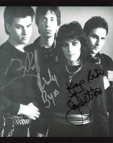 JOAN JETT AND THE BLACKHEARTS BAND SIGNED 8X10 PHOTO w/COA X3 EXACT PROOF