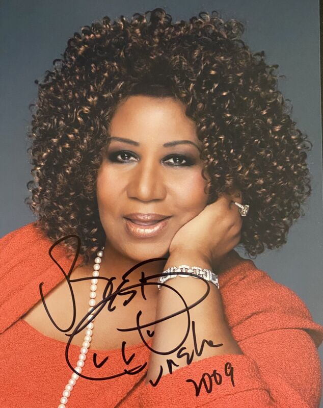 Aretha Franklin Signed Autographed Color 8x10 Photo