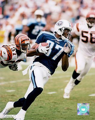 Kevin Dyson Tennessee Titans Licensed Unsigned Glossy 8x10 Photo (B)