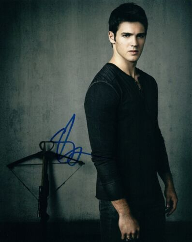 Steven R McQueen Steve Signed Autographed 8x10 Photo  Chicago Fire  COA VD