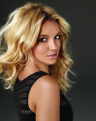 Britney Spears Unsigned 8x10 Photo (59)