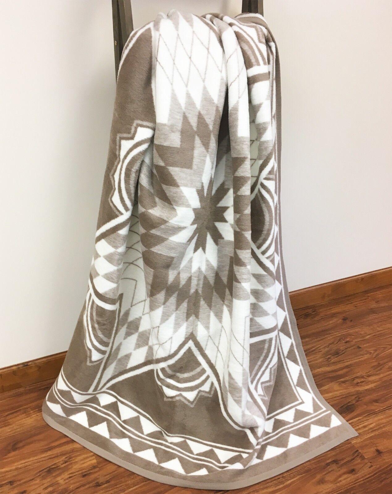 IBENA Cozy Jacquard Woven Cotton Blend Throw Blanket Quiltin