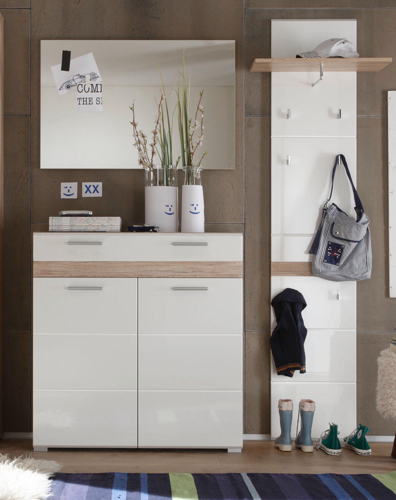 paneele mehr als 10000 angebote fotos preise seite 16. Black Bedroom Furniture Sets. Home Design Ideas