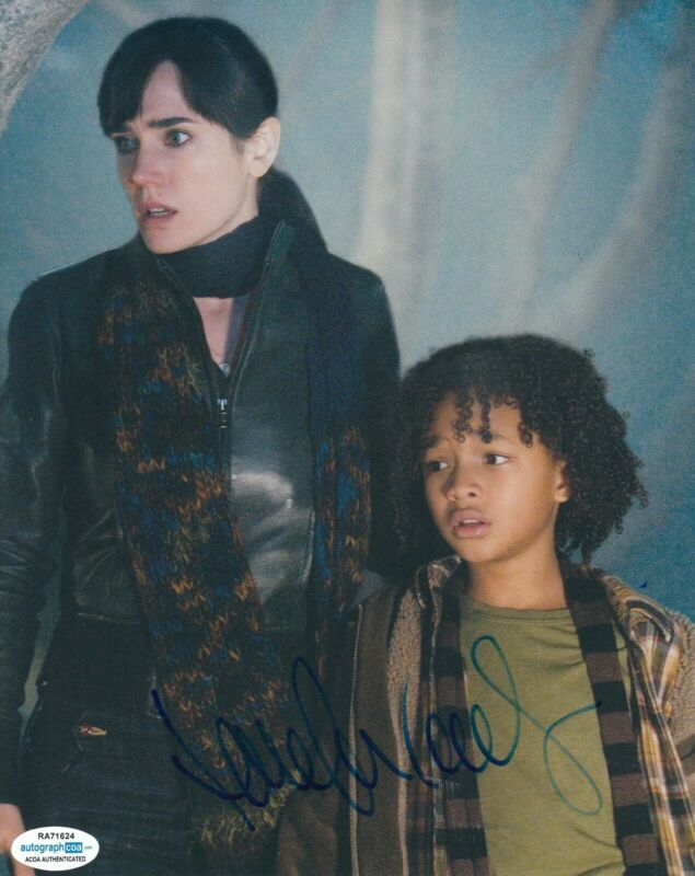 JENNIFER CONNELLY signed (THE DAY THE EARTH STOOD STILL) Helen 8X10 photo ACOA