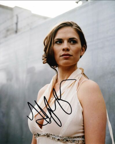 Hayley Atwell SIGNED 10X8 Photo The Line of Beauty AFTAL COA (7551)