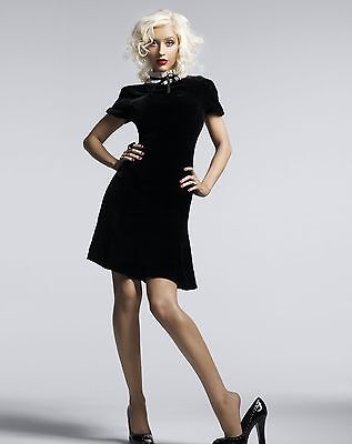 Christina Aguilera Unsigned 8x10 Photo (73)