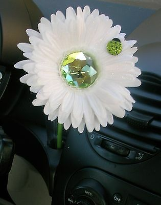 Vw Beetle Flower - White And Green Bling Daisy