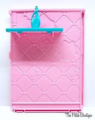 Mattel X7949 Barbie® DreamHouse™ Replacement Blue Shelf Bathroom Wall & Shampoo
