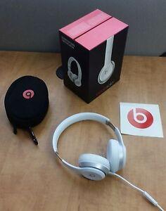 Beats solo 2 headphones GLOSS GREY *authentic in box*