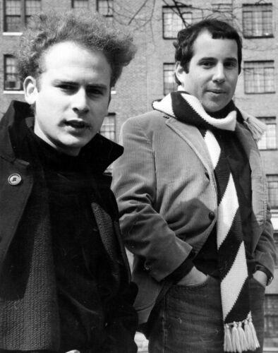 Simon & Garfunkel -  MUSIC PHOTO #13