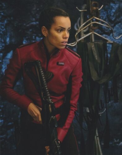 Georgina Campbell Signed Krypton 10x8 Photo AFTAL