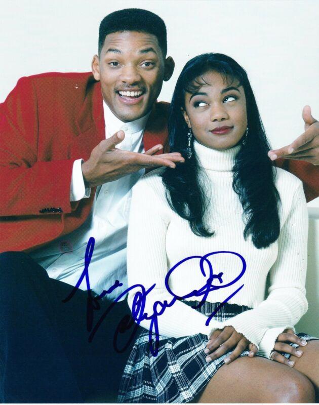 TATYANA ALI SIGNED 8X10 PHOTO THE FRESH PRINCE OF BEL-AIR AUTHENTIC AUTOGRAPH