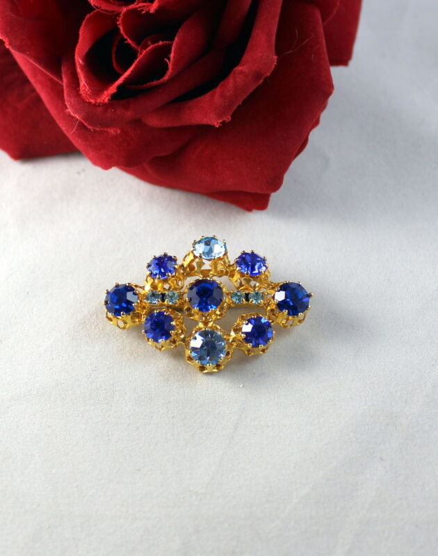 Vintage Austria Dazzling Blue Rhinestone Gold tone  Pin Brooch CAT RESCUE
