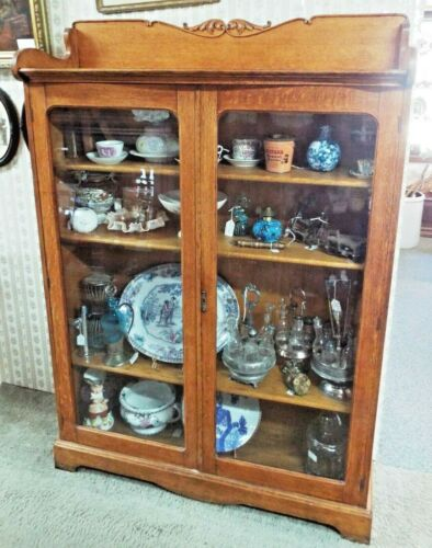 Antique OAK 2 Door BOOKCASE CABINET w/ Glass Doors & 3 Adjustable Shelves