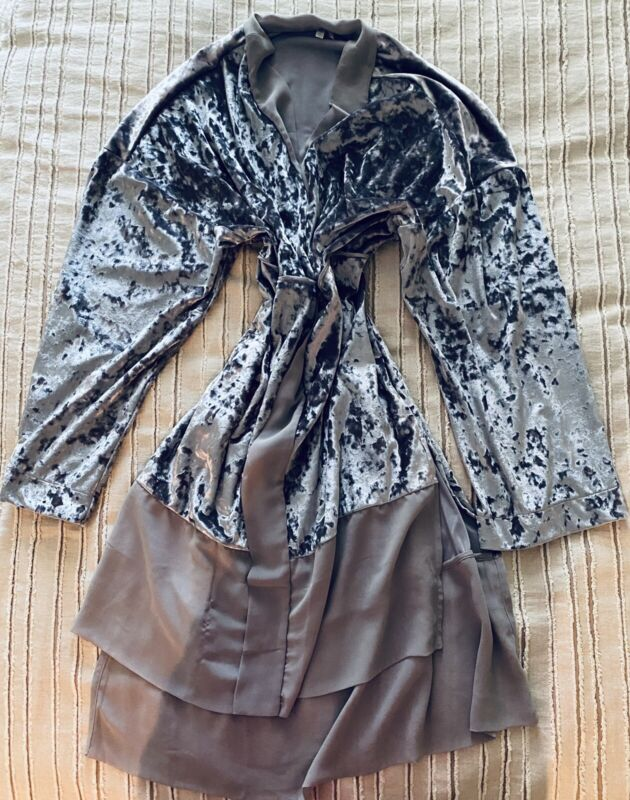 silver robe cape velvet with chiffon Size M-L