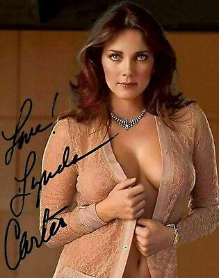 Gorgeous Lynda Carter Wonder Woman Signed 8 X 10 Print