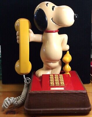 1970's Snoopy and Woodstock Telephone; Touch Tone Dialing