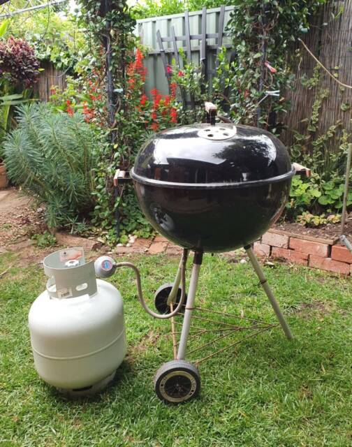 Weber BBQ with gas conversion and gas bottle | BBQ ...