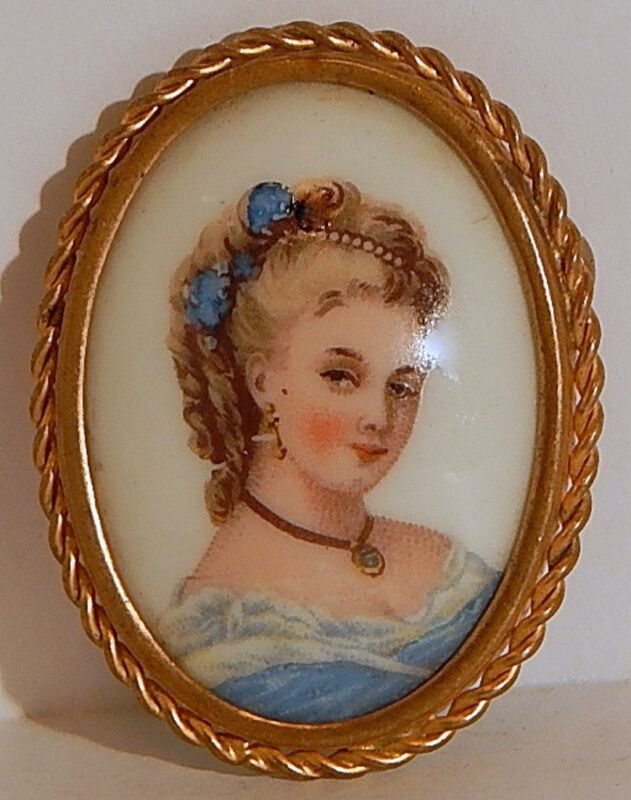 LIMOGES CAMEO HAND-PAINTED LADY in BLUE BROOCH FRENCH PORCELAIN TROMBONE CLASP