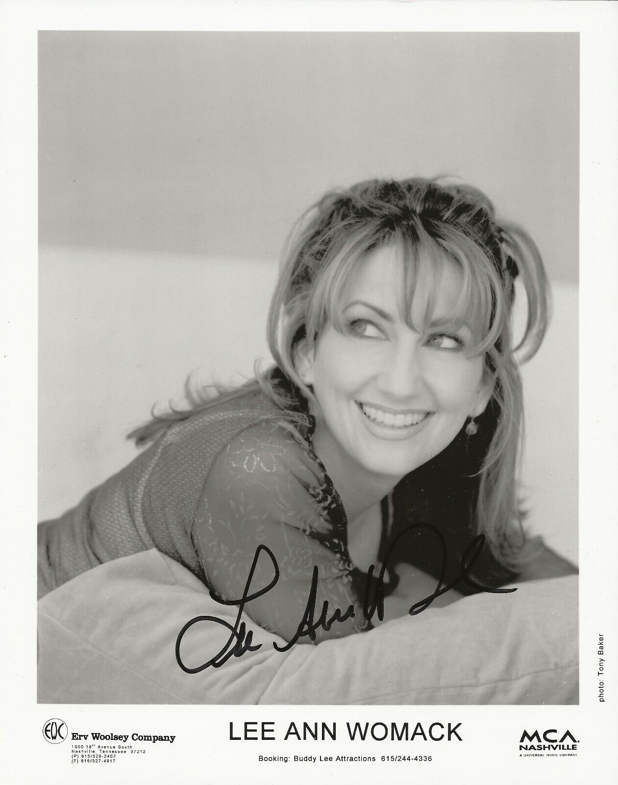 Lee Ann Womack REAL Hand SIGNED Early 8x10 Promotional Photo 1 COA Autographed - $14.99