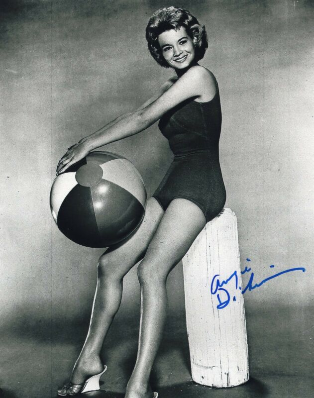 Angie Dickinson signed 8x10 Photo w/COA Dressed to Kill Police Woman #2
