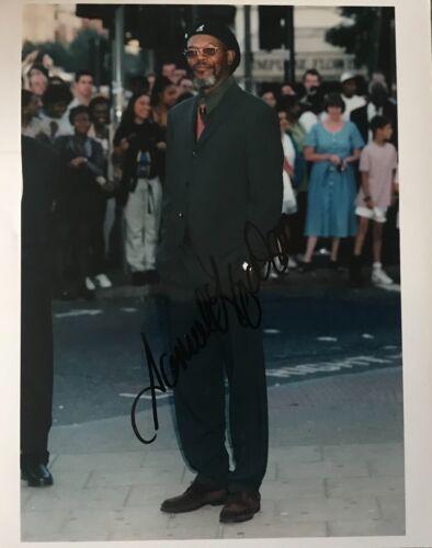 Samuel L Jackson signed 10x8 Image F photo UACC AFTAL RACC Registered dealer
