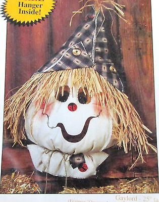 Happy Hollow Craft Pattern Primitive Halloween Scarecrow Greeter 25