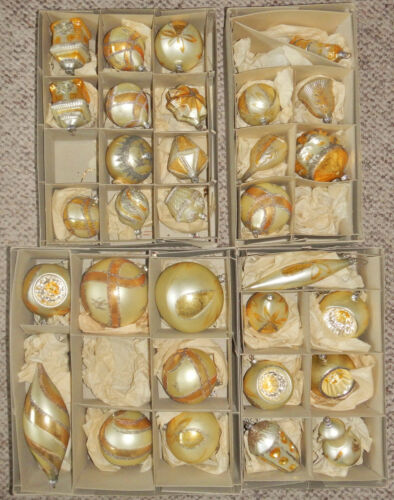 LOT OF 31 VINTAGE GLASS CHRISTMAS ORNAMENTS GERMANY 1960's