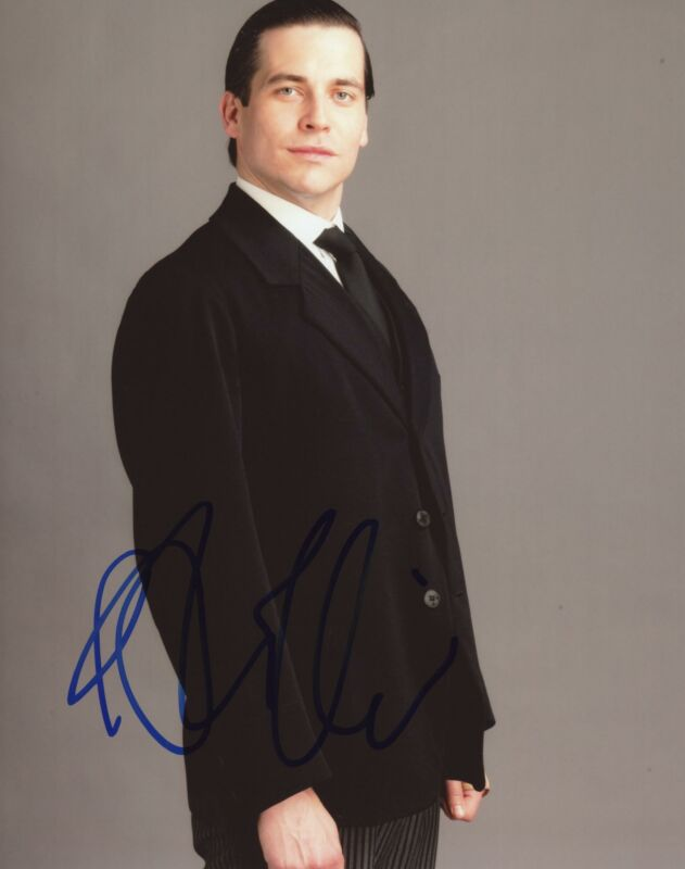 "Rob James-Collier ""Downton Abbey"" AUTOGRAPH Signed 8x10 Photo C"