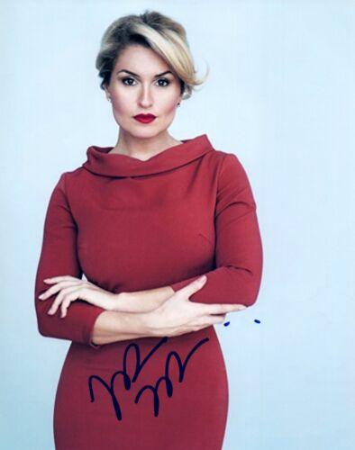 Mara Marini Signed Autograph 8x10 Photo Sexy Actress Parks and Recreation COA