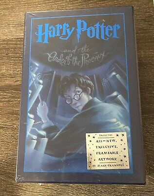 Harry Potter and the Order of the Phoenix Deluxe Edition Book in Slip Case-New