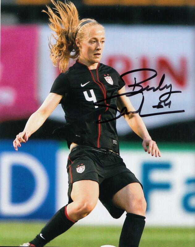 BECKY SAUERBRUNN signed *TEAM USA* WOMENS SOCCER 8X10 photo (FC KANSAS) W/COA #3