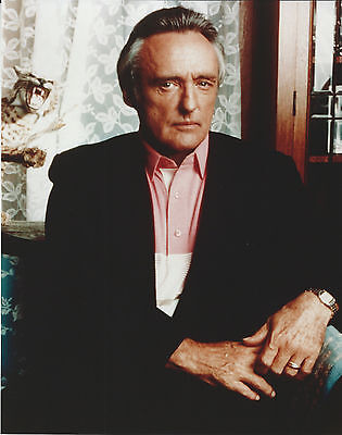 DENNIS HOPPER 8 X 10 PHOTO WITH ULTRA PRO TOPLOADER