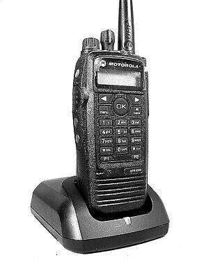 Mint Motorola Xpr6500 Uhf Mototrbo Portable Radio Waccessories